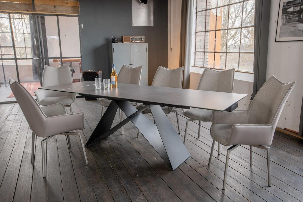 Essgruppen - KAWOLA Essgruppe 7 Teilig Tisch BENNO dunkelgrau mit 6x Stuhl STINE Kunstleder Stoff grau  - Onlineshop Moebel–style.de