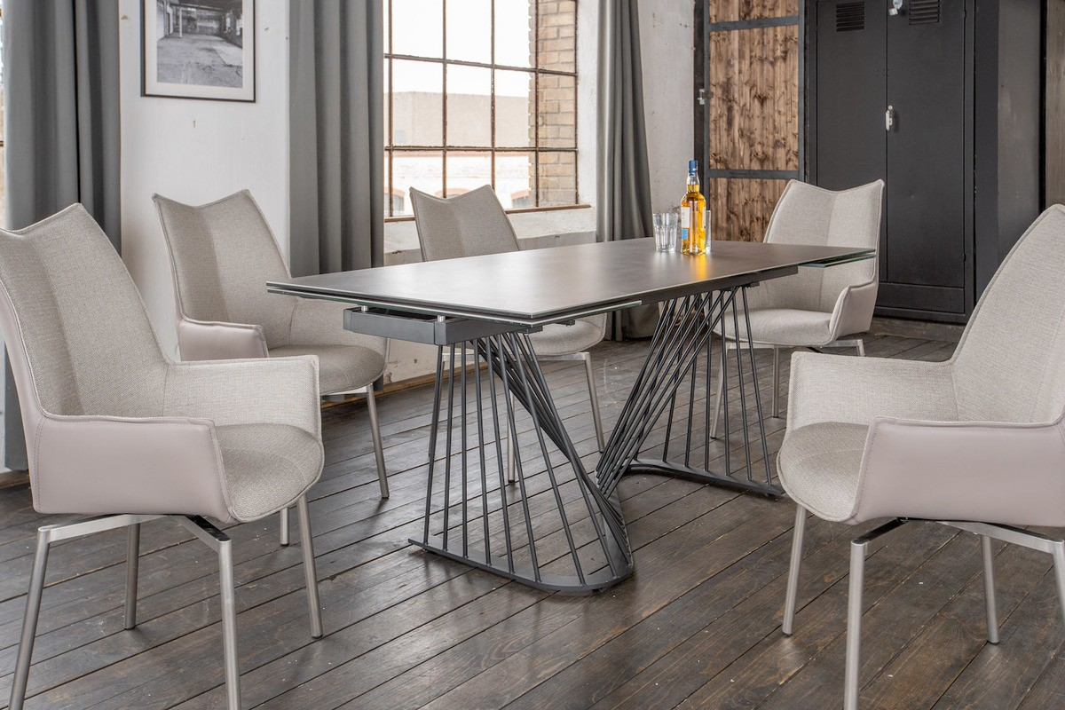 Essgruppen - KAWOLA Essgruppe 9 Teilig Tisch ELOISE dunkelgrau mit 8x Stuhl STINE Kunstleder Stoff grau  - Onlineshop Moebel–style.de